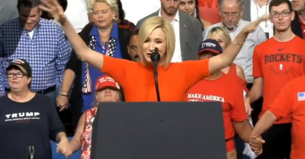Trump Faith Adviser Paula White Dedicates White House as 'Holy Ground' Sanctified by 'The Superior Blood of Jesus'