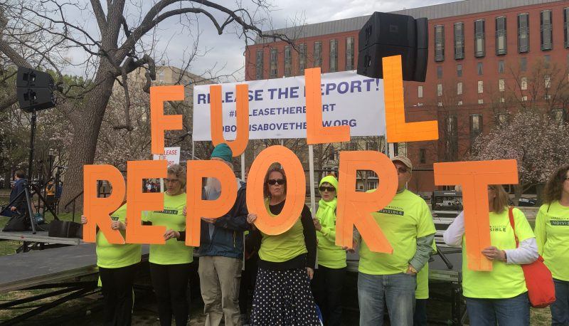 Image for Thousands Rally Across the Country to Demand the Release of the Full Mueller Report